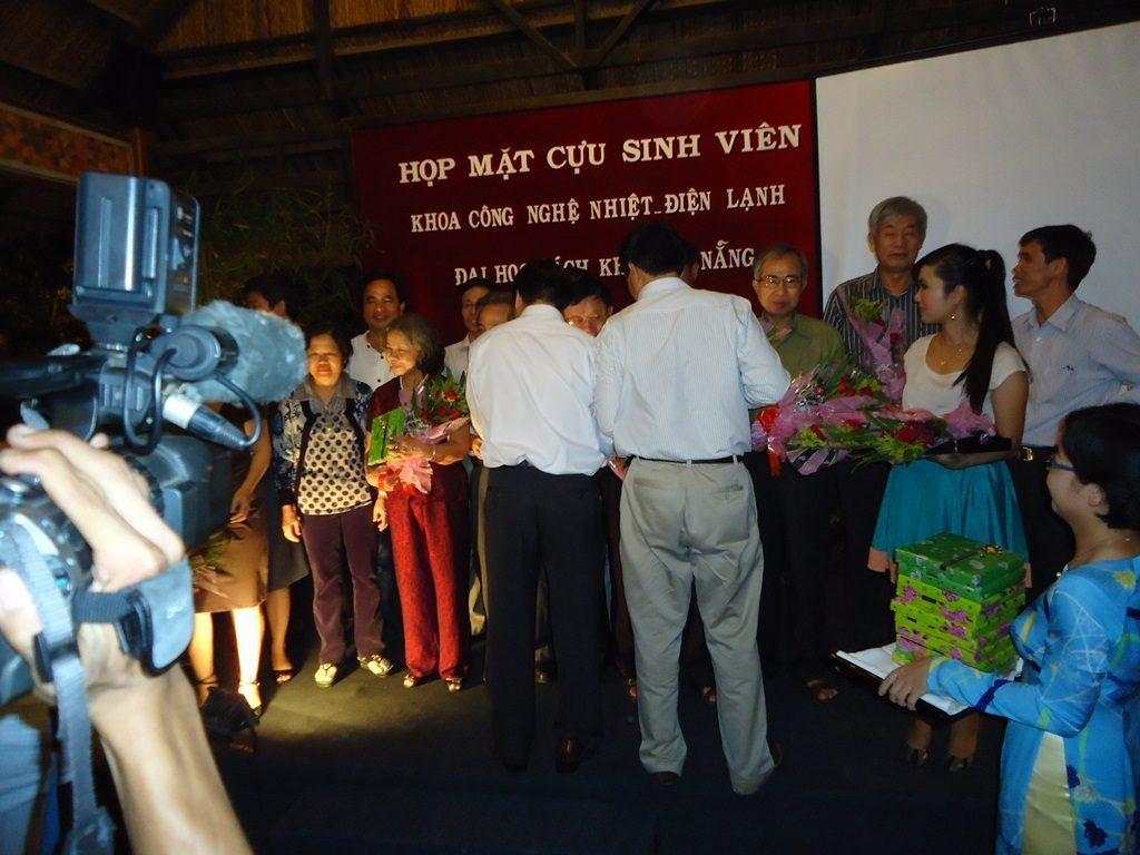 Hop Khoa Nhiet 2011 1-HVAC 베트남